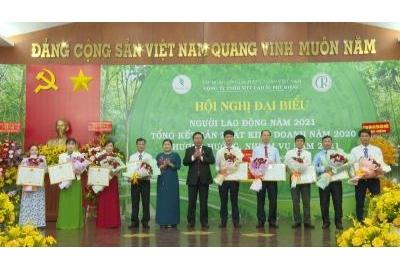 Cao su Phú Riềng xuất sắc toàn diện năm 2020.